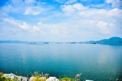 Wody i nieba błękit Fotografia Stock
