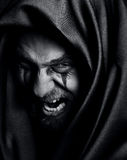 Woede van de boze kwade griezelige malefic mens Stock Afbeeldingen