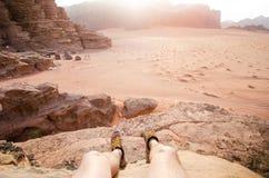 Woestijn van het parkwadi rum van Jordanië de nationale Mooie mening en panoramatic beeld Natuurlijke achtergrond Zonsondergang i Royalty-vrije Stock Foto's