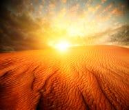 Woestijnlandschap stock afbeeldingen