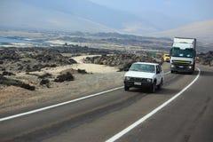 Woestijnweg in Chili Stock Afbeeldingen