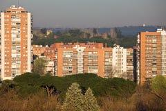 Wohnblock in Madrid lizenzfreies stockbild