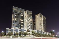 Wohngebäude in Abu Dhabi Stockbilder