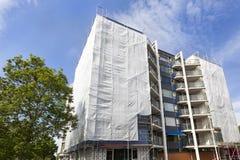 Wohngebäudeerneuerung stockbild