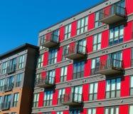 Wohngebäudefassade lizenzfreies stockbild