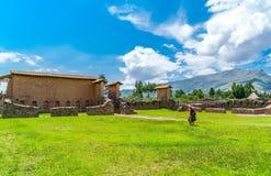 Wohngebiet im Tempel von Wiracocha oder im Tempel von Raqchi Stockfotografie