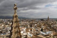Wohngebietansicht in Palma de Mallorca von der Spitze von Kathedralen ragen hoch Stockbilder