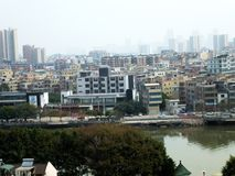 Wohnlandhäuser in Guangzhou, China stockbilder