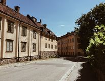 Wohnnachbarschaft in Stockholm, Schweden stockfotografie