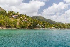 Wohnsitze vor St Lucia Lizenzfreie Stockfotos