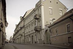 Wohnstraße in Litauen Stockfotos