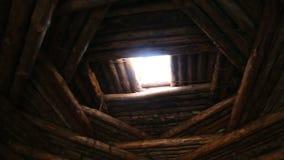 Wohnung des Stein- oder Bronzezeitalters, Innenansicht stock video