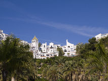Wohnungen auf dem clifftop in Nerja Spanien Lizenzfreies Stockfoto