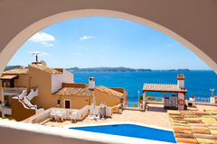 Wohnungs-Balkon außer dem Meer Lizenzfreie Stockfotos