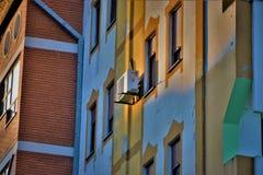 Wohnungs-Gebäude lizenzfreie stockbilder