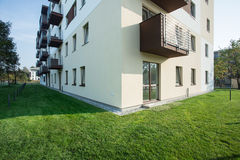 Wohnungshaus Lizenzfreie Stockfotos