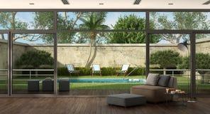 Wohnzimmer eines Landhauses mit Pool im Garten Stockfoto