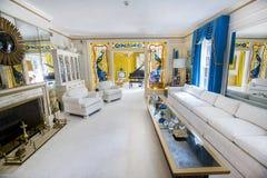 Wohnzimmer an Elvis Presleys Villa Stockbild