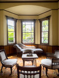Wohnzimmer im ehemaligen Wohnsitz Lizenzfreie Stockfotografie