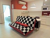 Wohnzimmer-Innenarchitektur mit modernem Design Lizenzfreie Stockfotos