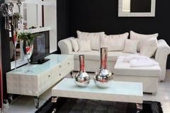 Wohnzimmer mit Fernsehapparat Stockbilder