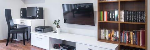 Wohnzimmer und Büro kombiniert lizenzfreie stockfotos
