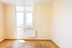 Wohnzimmerinnenraum des leeren Raumes Lizenzfreie Stockfotos