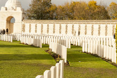 Wojny światowa jeden Tyne cmentarniany łóżko polowe w Belgium Flanders ypres zdjęcie royalty free