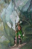 Wojownika plemię Yaffi w wojennej farbie z łękami i strzała w jamie Nowa gwinei wyspa Fotografia Stock