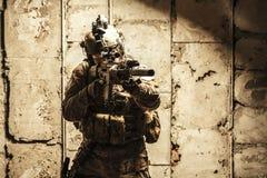 Wojsko leśniczy w śródpolnych mundurach Zdjęcie Stock