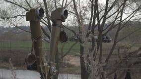 Wojsko optyka w schronie Militarny teleskop przy dziurą zbiory