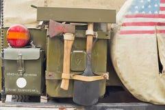 wojsko tylny samochodowy stary s boczny u Zdjęcie Stock
