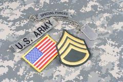 WOJSKO USA jednostek specjalnych insygnia na kamuflażu mundurze Zdjęcie Stock