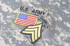 WOJSKO USA snajperska insygnia na kamuflażu mundurze Zdjęcie Stock