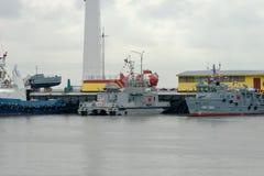 Wojskowych statki przy molem Obrazy Royalty Free