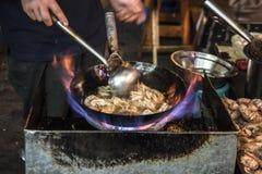 Wok kucharstwo Zdjęcie Royalty Free