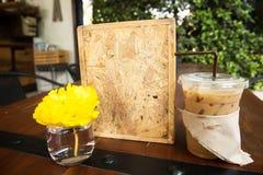 wokoło fasoli filiżanek świeżego sklepu zdjęcie royalty free