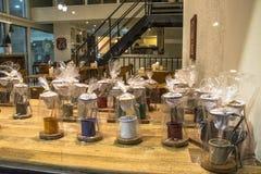 wokoło fasoli filiżanek świeżego sklepu Fotografia Stock
