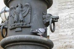 Wolf- und Adlerdetail in Rom, Italien Lizenzfreie Stockfotos