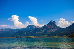 Wolfgang See lake with Sparber and Bleckwand peaks Royalty Free Stock Photos