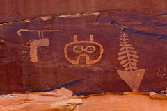 Free Wolfman Petroglyph Panel Royalty Free Stock Photos - 95484628