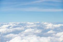Wolk en blauwe hemel royalty-vrije stock foto