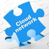 Wolk gegevensverwerkingsconcept: Wolkennetwerk op raadselachtergrond Royalty-vrije Stock Afbeelding