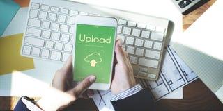 Wolk het Gegevensverwerkingsvoorzien van een netwerk uploadt het Concept van Downloadgegevens royalty-vrije stock afbeelding