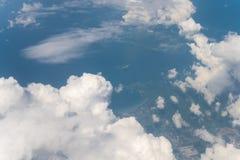 Wolk met blauwe hemel Stock Afbeelding