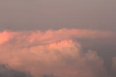 Wolk op hemelzonsondergang Stock Afbeeldingen