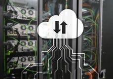 Wolk server en gegevensverwerking, gegevensopslag en verwerking Internet en technologieconcept royalty-vrije stock foto