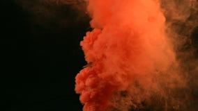 Wolke des Alphakanals des roten orange Rauches stock video