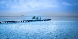 Wolke im Himmel und im Wasser Lizenzfreie Stockfotografie