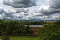 Wolken über Berg Diablo stockfoto